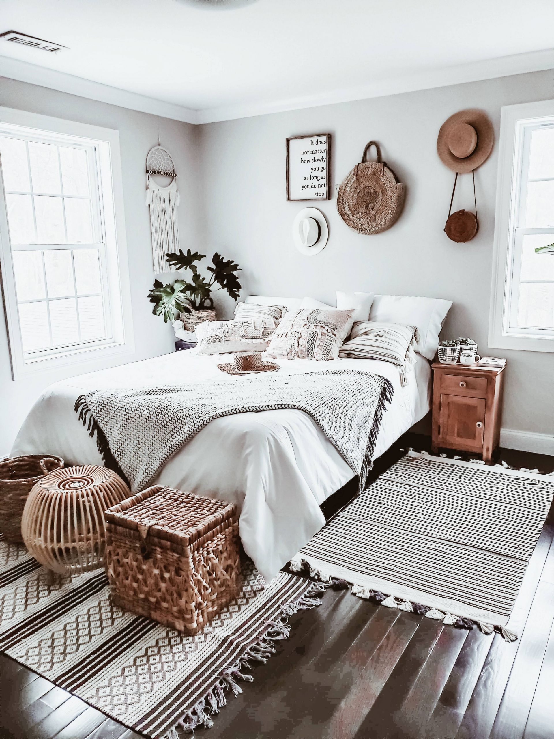 Chic Boho Bedroom Decor Ideas that Will Get you Excited about Decorating 8