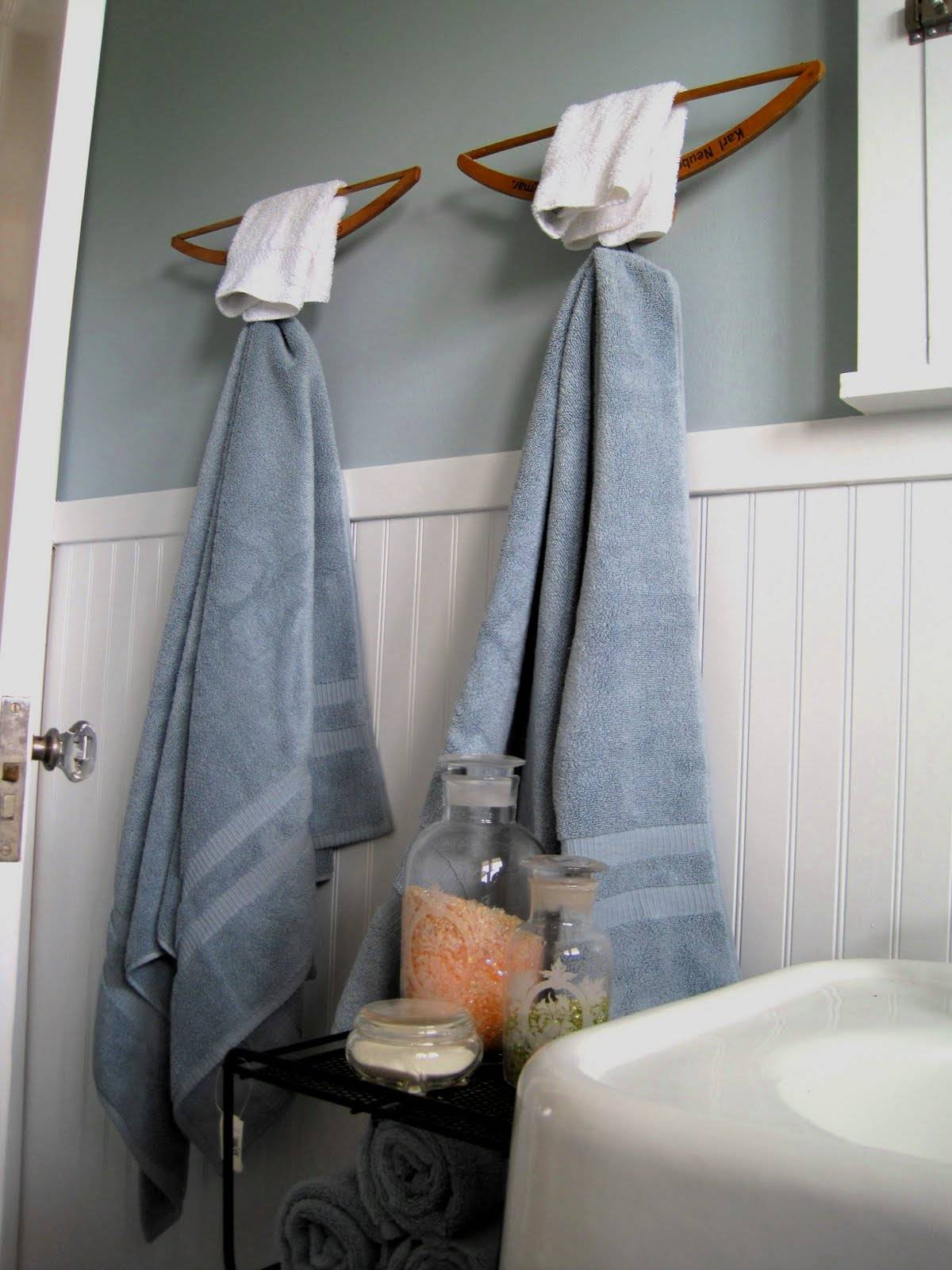 wooden hanger towel racks