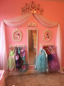 Diy Bed Canopy Awesome Princess Dress Up Storage Diy Cheap and Super Easy Frees
