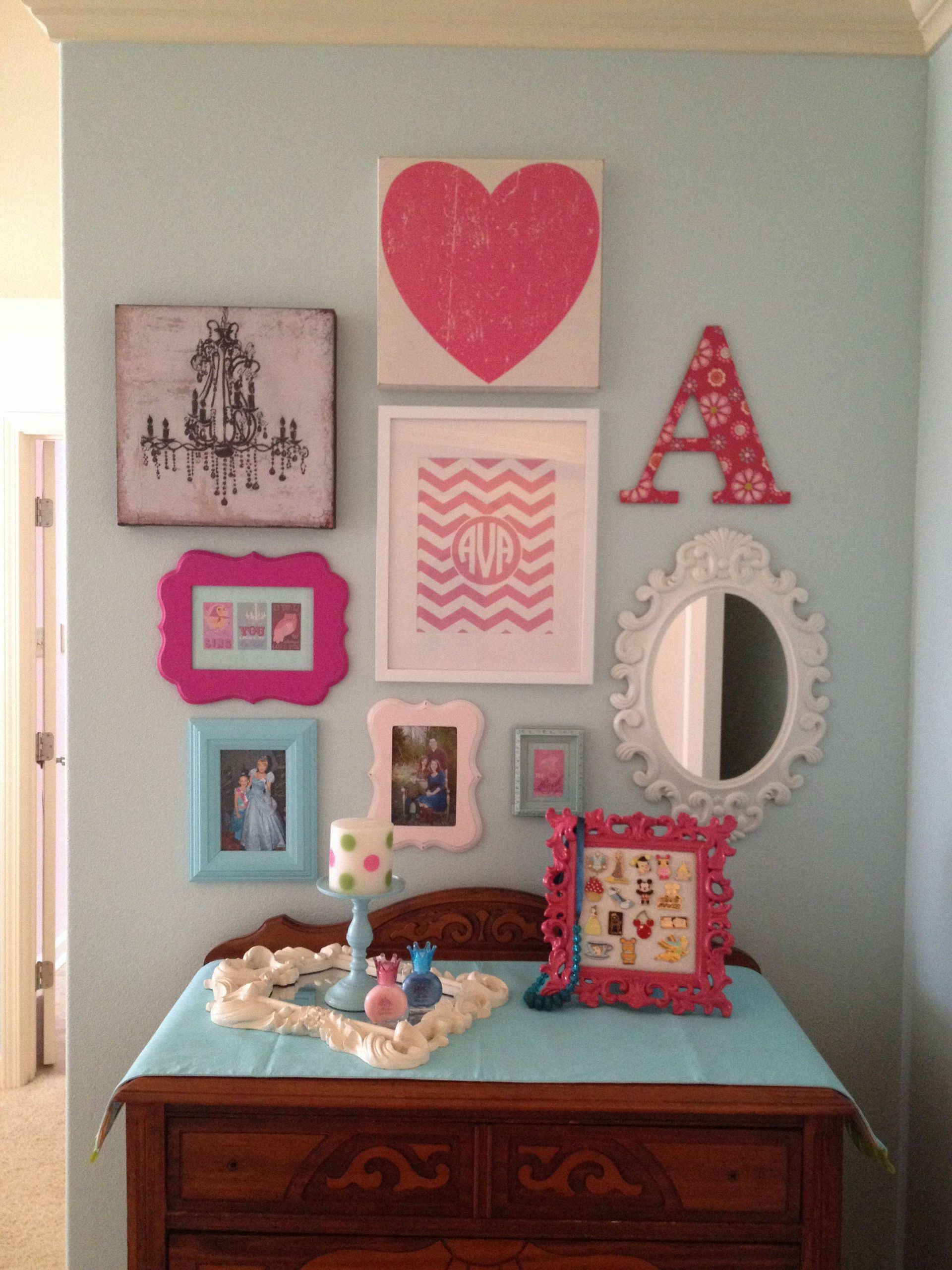 Girls Bedroom Accessories Awesome Girls Room Gallery Wall