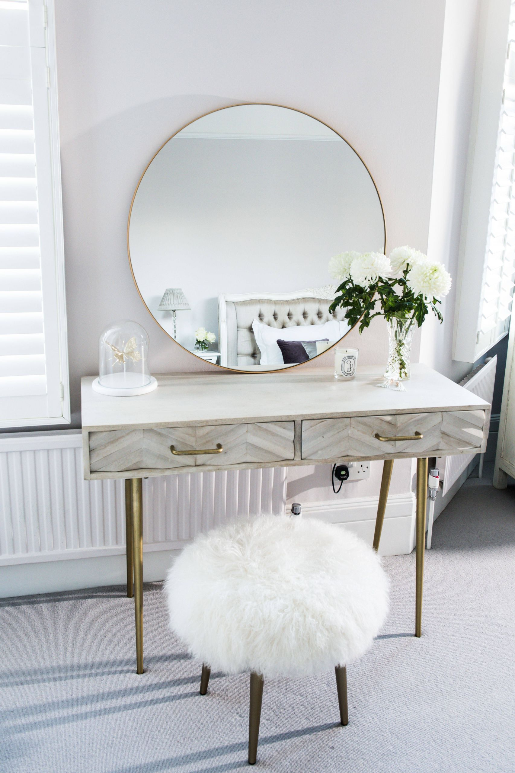 Heavenly Dressing Table Gold Framed Round Mirror From Habitat Inspirational Heavenly Dressing Table Gold Framed Round Mirror From