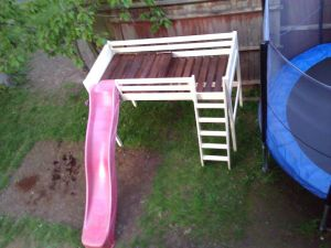 Outside Beds Inspirational Jungle Gym Using An Old Bunk Bed Slide and Wooden Pallet
