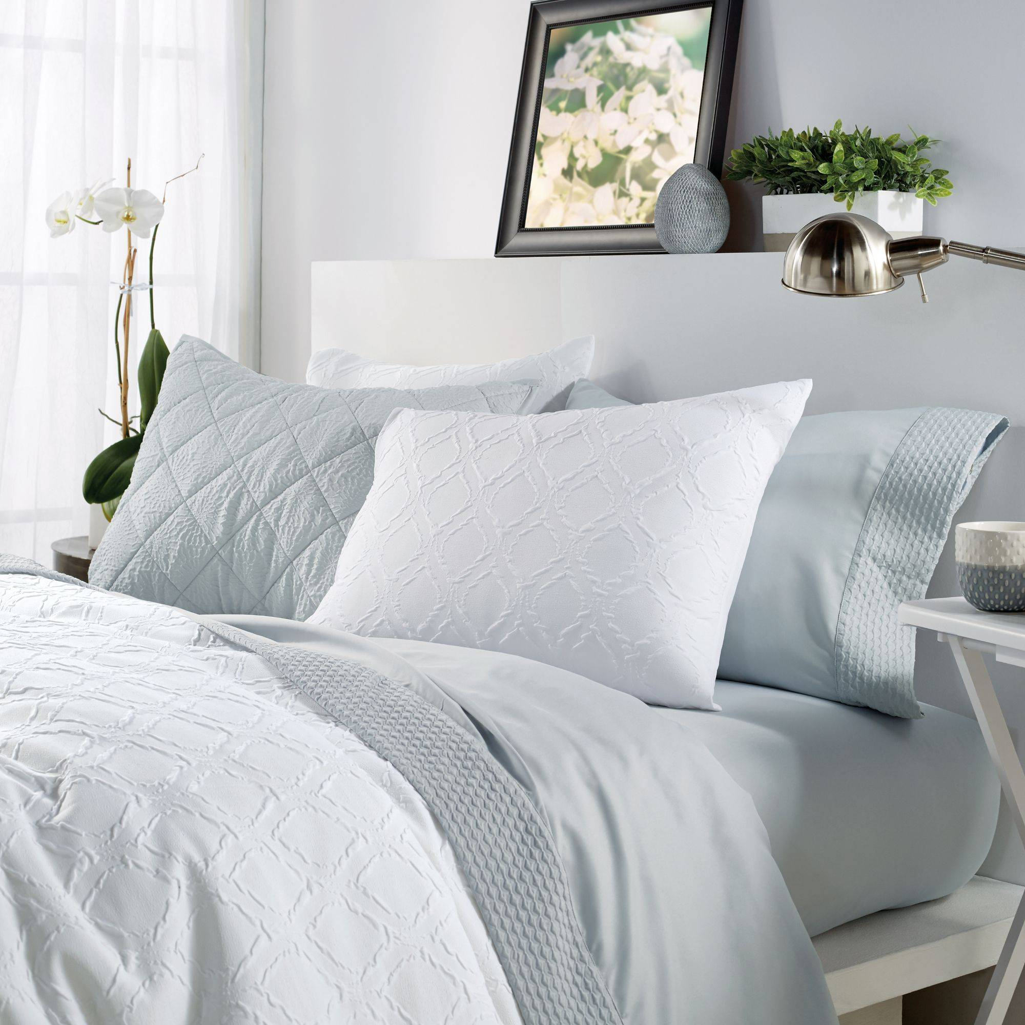 White Comforter Beautiful solid Ogee 3 Piece King forter Set